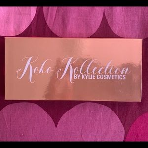 Pressed powder Palettw Koko Kollection  !!